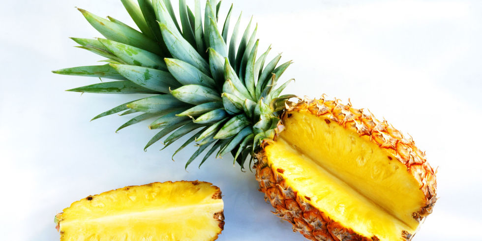 eat pineapple to boost fertility